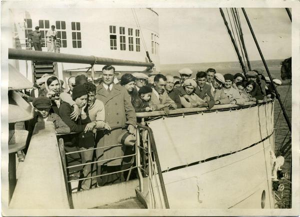 Auswanderer an Bord eines Hochseedampfers auf dem Weg nach Nordamerika,1932